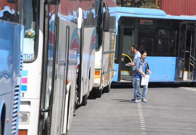 Kłopoty z komunikacją miejską w Larnace